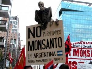 2Fuera-Monsanto-400x300