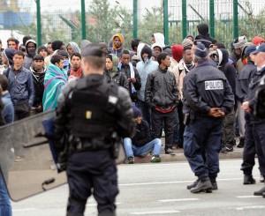 des-migrants-evacues